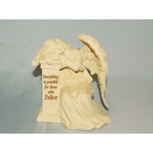 Engel op Pillaar van geloof  Pillar of Faith Believe
